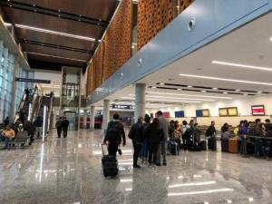 Vuelven los vuelos regulares y los servicios de media y larga distancia