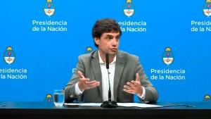 """Lacunza afirmó que las restricciones cambiarias apuntan a tener """"una transición ordenada"""""""