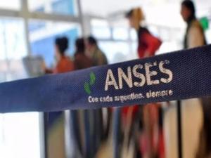 IFE: Comienza el pago a beneficiarios de AUH y AUE