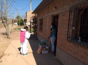 Continúa la distribución de insumos a CAF de yungas