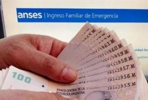 Casi 9 millones de personas volverán a cobrar el Ingreso Familiar de Emergencia este mes