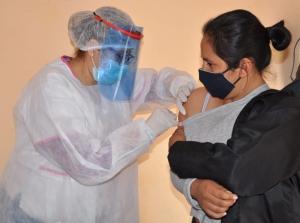 Municipio continua con su campaña de vacunación antigripal