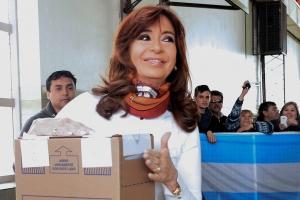 """Cristina Kirchner recordó a su esposo: """"Siempre en el corazón de los argentinos"""""""