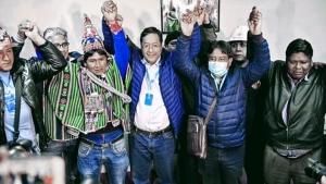 El partido de Evo retorna al poder en un país dividido y en crisis