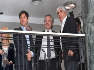 Fernández elogió y respaldó a Hugo Moyano