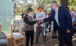 Puesto Viejo: Morales entregó herramientas y maquinaria