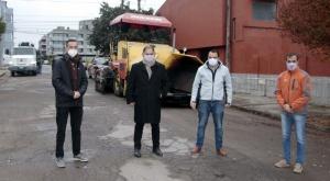 Siguen repavimentando calles en distintos barrios de capital